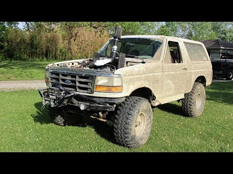 Testing Lifted Ford Bronco Mud Truck Before Event