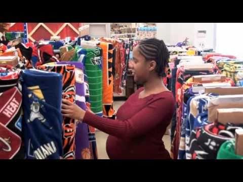 How To Make A NFL No-Sew Fleece Tie Pillow J&O Fabric Store