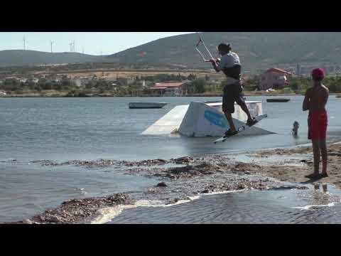 learn kitesurfing @urlakitecenter