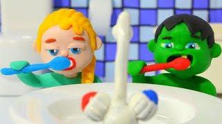 Superhero Babies Go To Bed ❤ Frozen Elsa & Hulk Play Doh Cartoons & Stop Motion Movies