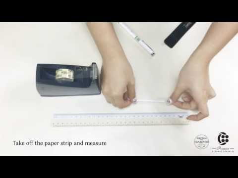 How to measure your ring size using a strip of paper