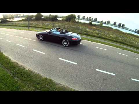 FPV Mikrokopter pursuing Porsche