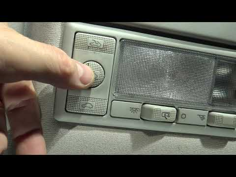 How to use Sunroof Buttons in car