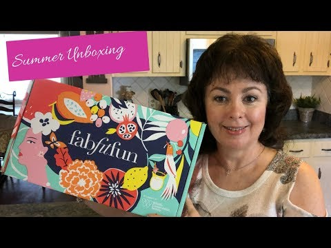 FabFitFun Summer Unboxing And Review 2018