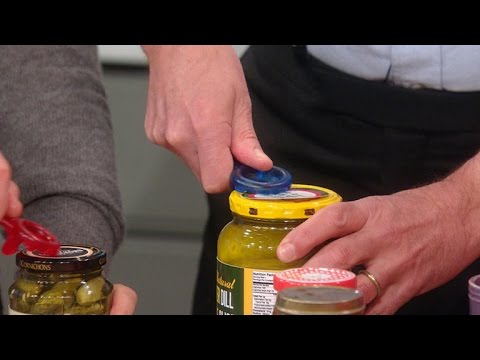 An Easy Way to Open Even the Tightest Jar Lid