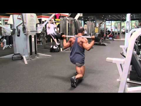Glutes training with Monty Rogers: 3-Lunges