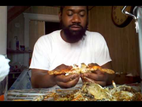 How to Eat Maryland Blue Crabs the ((Real)) Right Way w/ NO TOOLS!!