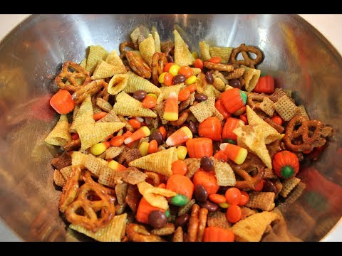 Fall Harvest Chex Mix:  A Halloween Snack Mix Recipe