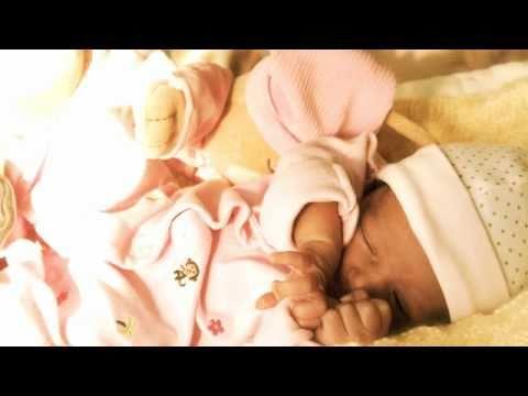 Baby Sleep Music Bedtime Lullaby (wind beneath my wings)