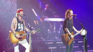 """Florida Georgia Line """"Dirt"""" Live from The Theatre of Madison Square Garden"""