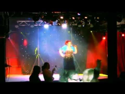 LuLu La Toosh sing at Koken Art Factory