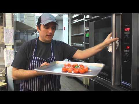 How to Prepare Tomato Chili Sauce for Huevos Rancheros : Recipes Done Right