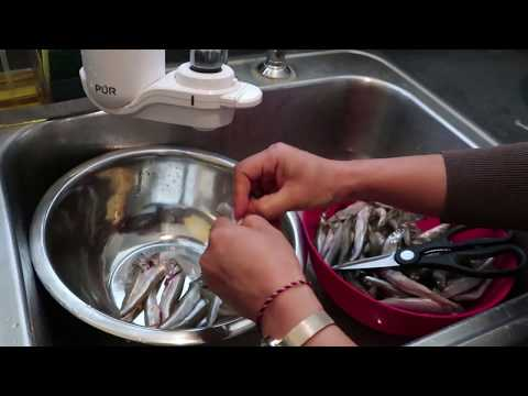 EASY & QUICK way to clean SMELT
