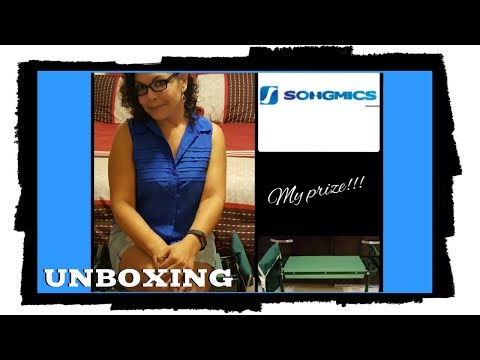 SONGMICS FOLDABLE GARDEN STOOL UNBOXING & REVIEW | TRISH DAVIS KITCHEN TOUR & GIVEAWAY