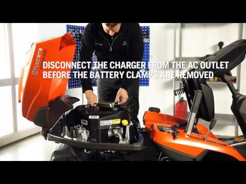 How to charge the battery of your Husqvarna Rider.