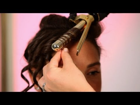 How to Do a Prom Hairstyle | Curly Hairstyles