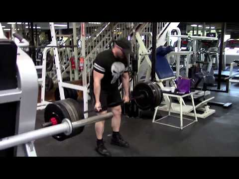 Is The Slingshot A Valuable Tool For Improving Your Bench Press?