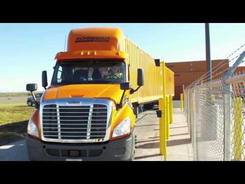 A Career as a Schneider Intermodal Driver