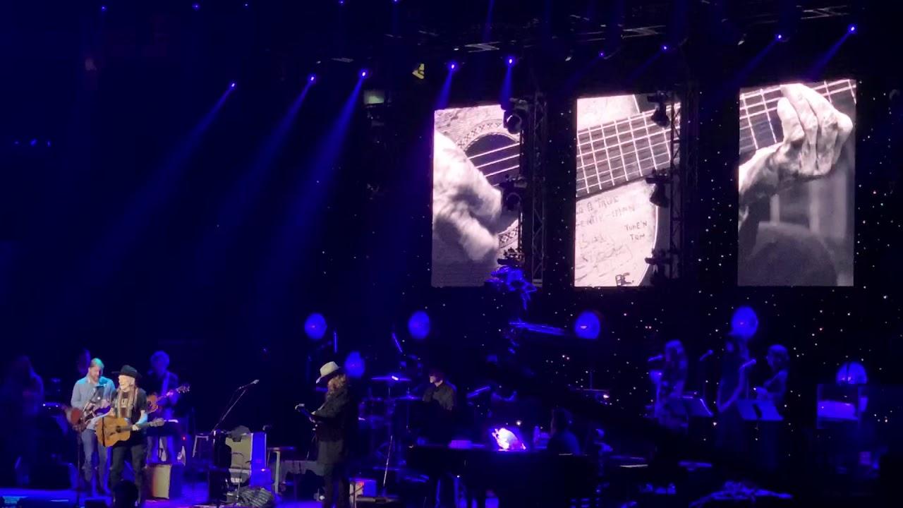 Willie Nelson, Chris Stapleton & Derek Trucks - Always on My Mind
