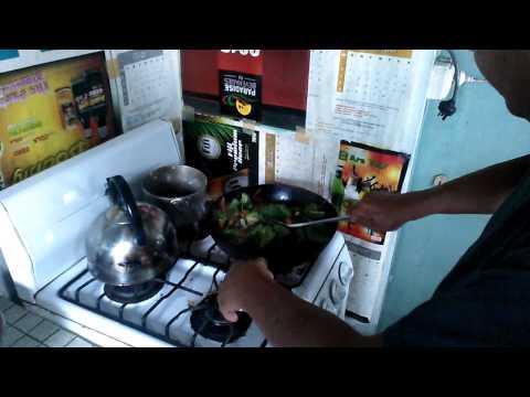 how to make chopsuey in Fiji w/William Fong
