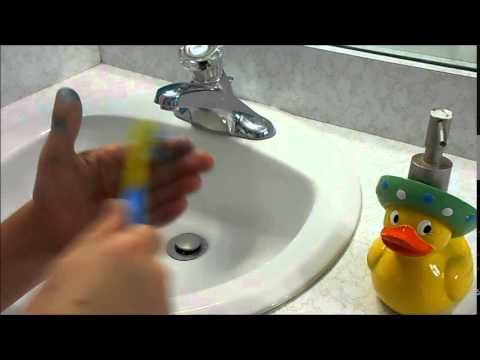 How to get Food Coloring off your hands