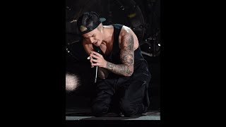 Download Justin Bieber performance at 60th Grammy awards Video