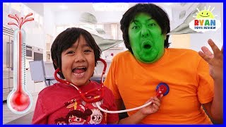 Ryan Pretend Play Turns Daddy Different Colors with Fruits and Vegetable!