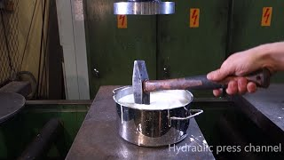 Crushing non-newtonian fluid with hydraulic press
