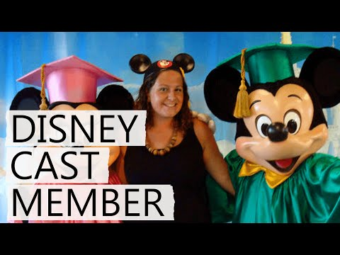 Applying To Work At Walt Disney World! | Cast Member Series