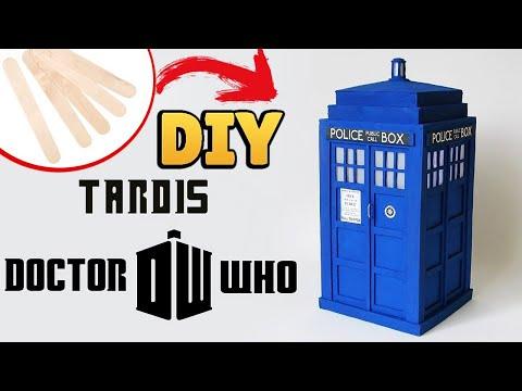 DIY: Como Fazer sua TARDIS de DOCTOR WHO Usando Palitos de Picolé / #diypalitos #diyseriados