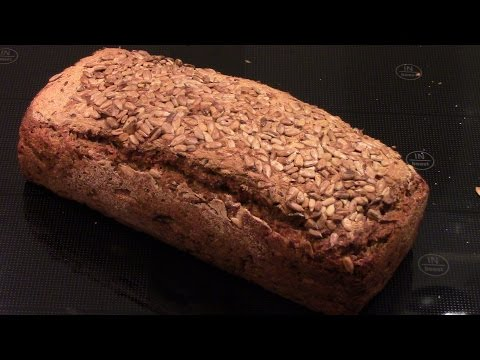 (cooking 2) How I make whole-grain bread from water, flour, sourdough and spices (no extra yeast)