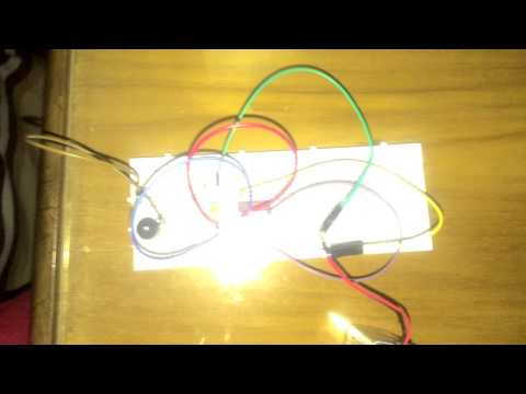 Light Detector Circuit with NAND gate