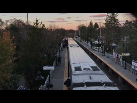 LIRR Port Jeff train #655 at Stony Brook with heavy Thanksgiving loading