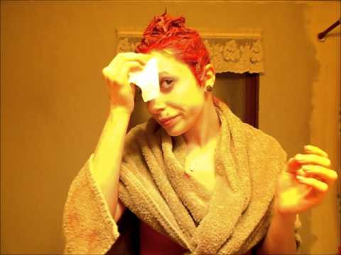 How To; Remove hair dye before it stains your skin