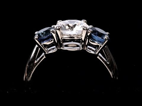 What Is a 3-Stone Setting? | Diamond Rings