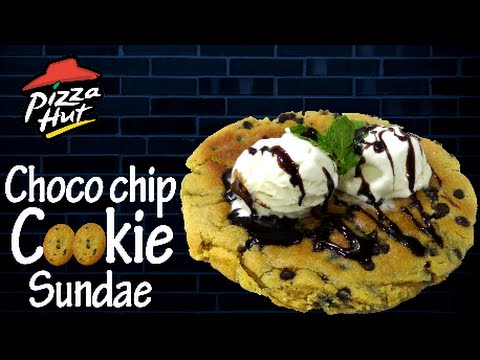 Choco Chip Cookie Sundae like Pizza Hut | Giant Choco chip cookie | Simply Yummylicious....
