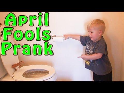 BEST TOILET PRANK! (KID FRIENDLY PRANK)