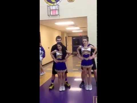 Cheerleading Stunt: Chair