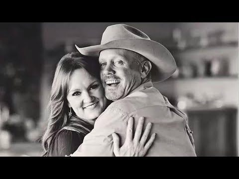 So Sweet: It Was Love at First Sight For Ree Drummond and Her Husband | Southern Living