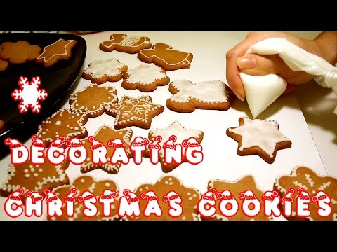 How to Decorate Christmas Cookies - Easy  | HappyFoods