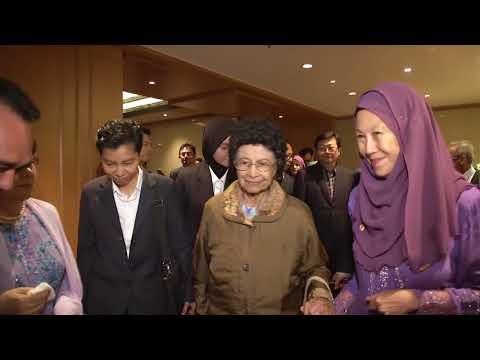 Mahathir Begins Working Visit To Japan