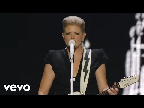 Dixie Chicks - Lubbock or Leave It (Live)