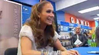 Jennifer Lopez - In Store Appearance!