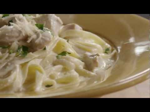 How to Make Chicken Alfredo with Fettuccini Noodles | Allrecipes.com