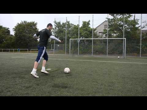 HOW TO CHIP a SOCCER BALL TUTORIAL | soccer football Training for beginners | extratraining