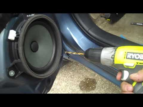 Toyota Rav4 Front Speaker Removal and Replacement
