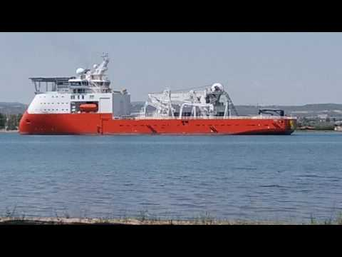 The Biggest SHIP In The World 2017,  biggest cargo ship,shipping services,shipper services