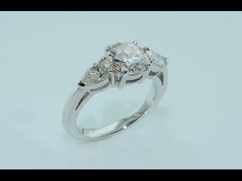 Diamonds on handmade 18kt white gold ring