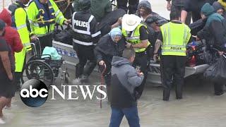 Death toll rises amid Harvey devastation