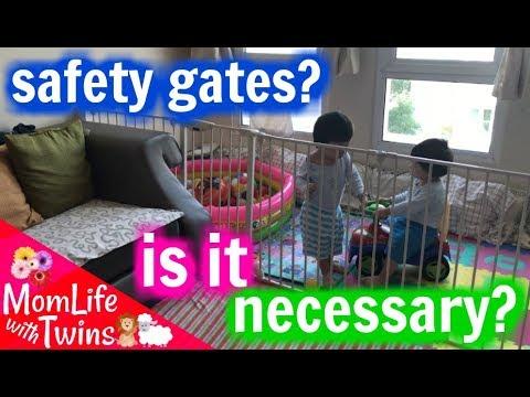 LINDAM PLAYPEN REVIEW   ROOM DIVIDER SAFETY GATE